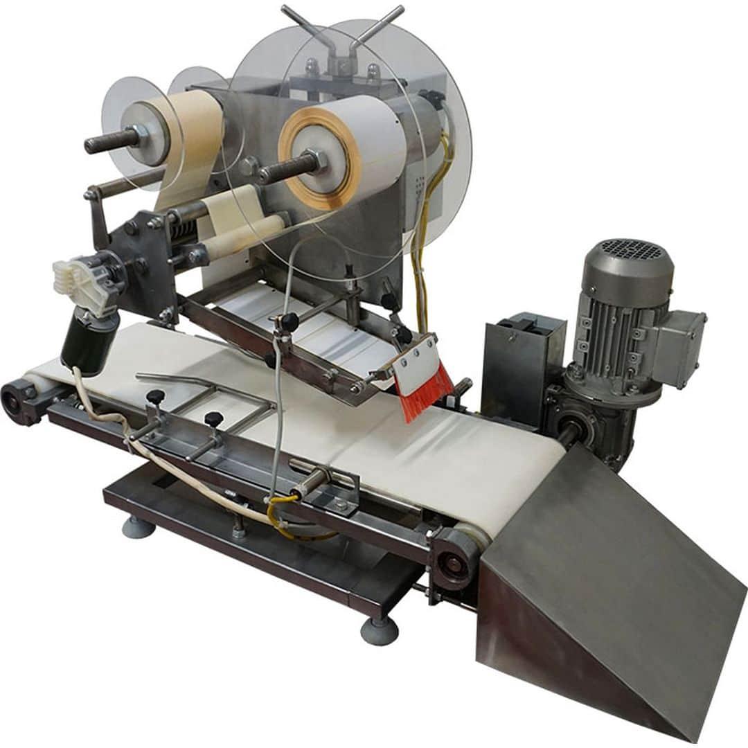 Установка нанесения этикеток (автомат этикетировочный для плоской крышки) ИПКС-099П